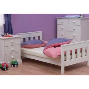 Детская кровать в современном стиле. Белая эмаль.